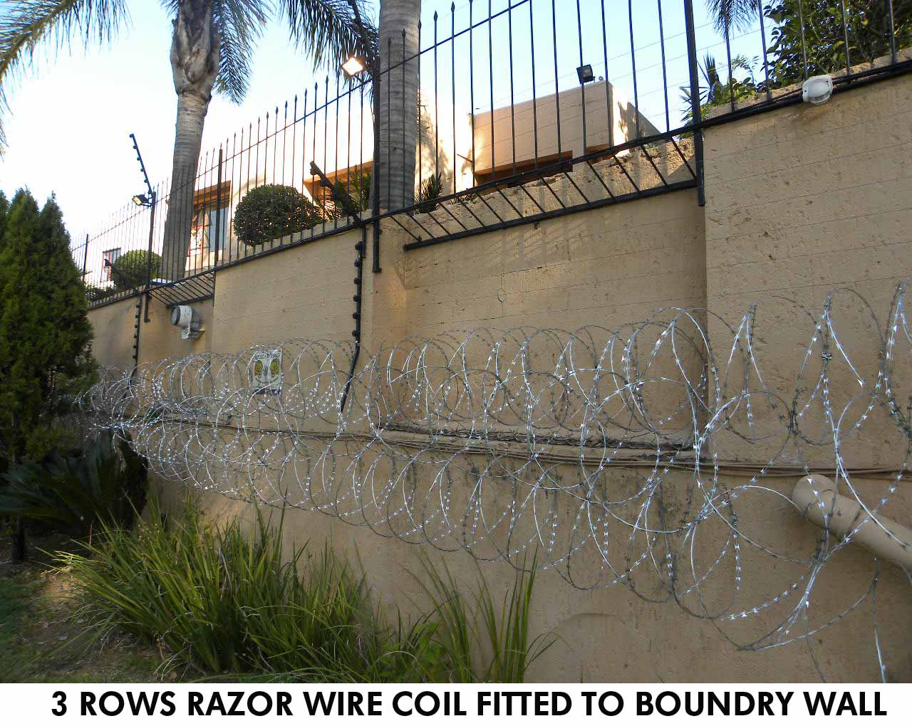 Razor Side By Side >> Razor wire installed for business & private in Gauteng